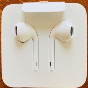 Apple earphones for iPhone 📲